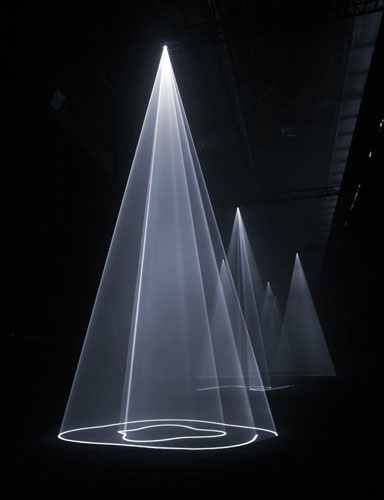 Anthony McCall, Installation view of Breath (The Vertical Works) at Hangar Bicocca, Milan, 2009 (Photograph: Giulio Buono). Courtesy of the artist and Sean Kelly Gallery, New York.